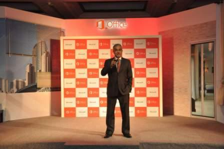 Bhaskar Pramanik (Chairman, Microsoft) launches Next Generation Office 365 for Bussinesses in India (NXPowerLite)