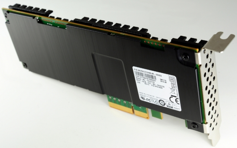 Samsung 3.2-Terabyte NVMe SSD Based on 3D V-NAND for Enterprise Severs