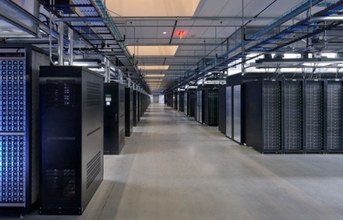Facebook Prineville data center